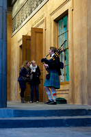 Edinburgh Bagpipe Player